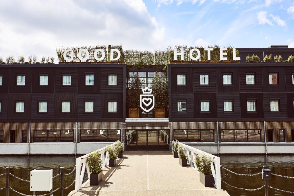 Good Hotel entrance London
