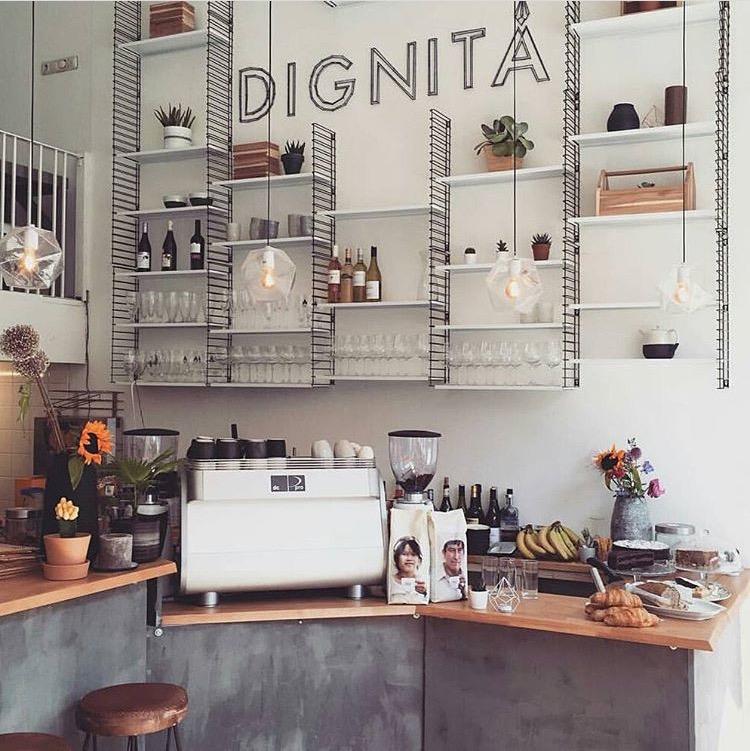 Dignita kafe Amsterdam