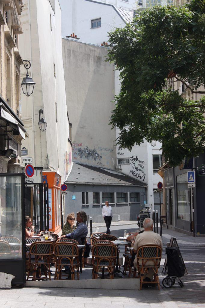 Parisare på terrass