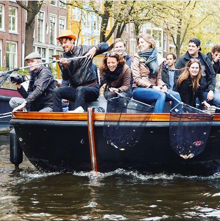 Plastic Fishing i Amsterdams kanaler