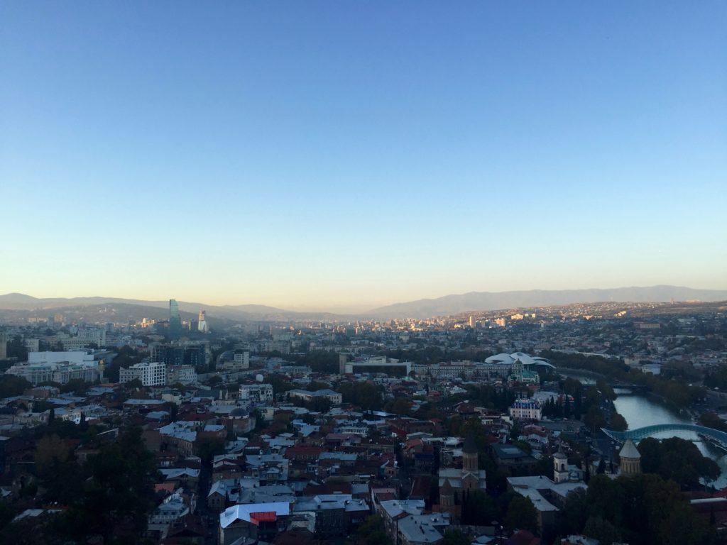 Utsikt Tbilisi Georgien landet som Gud skapade till sig själv