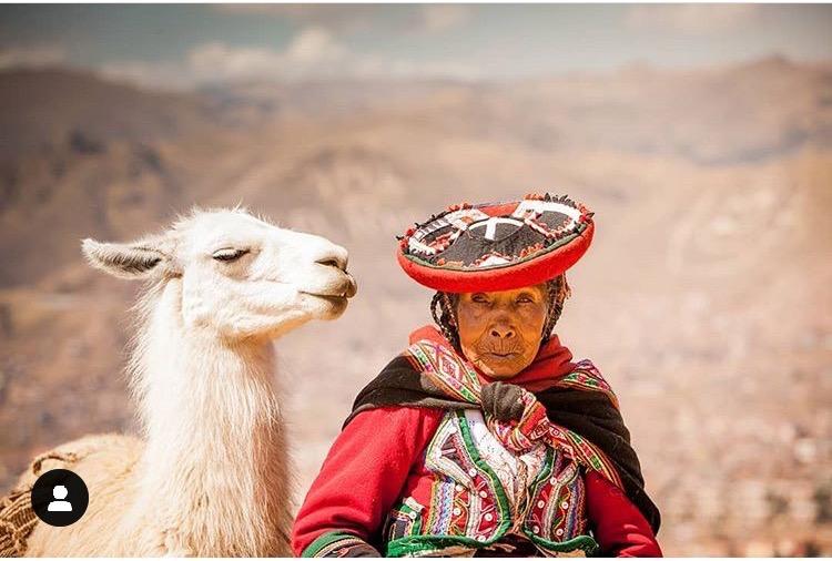 Kvinna i Peru Andeana Hats