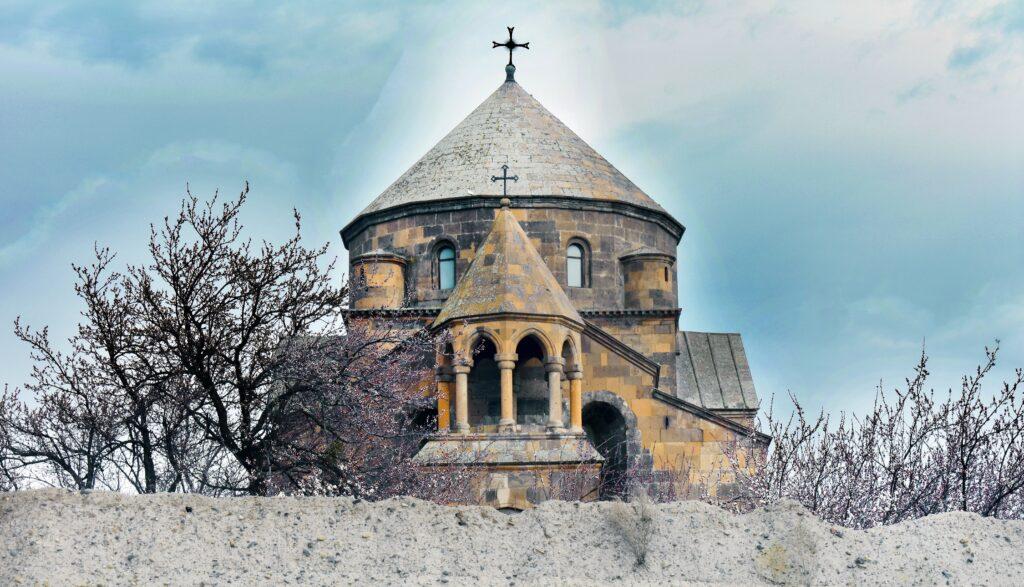 Kyrka Armenien en av tio etiska destinationer 2020