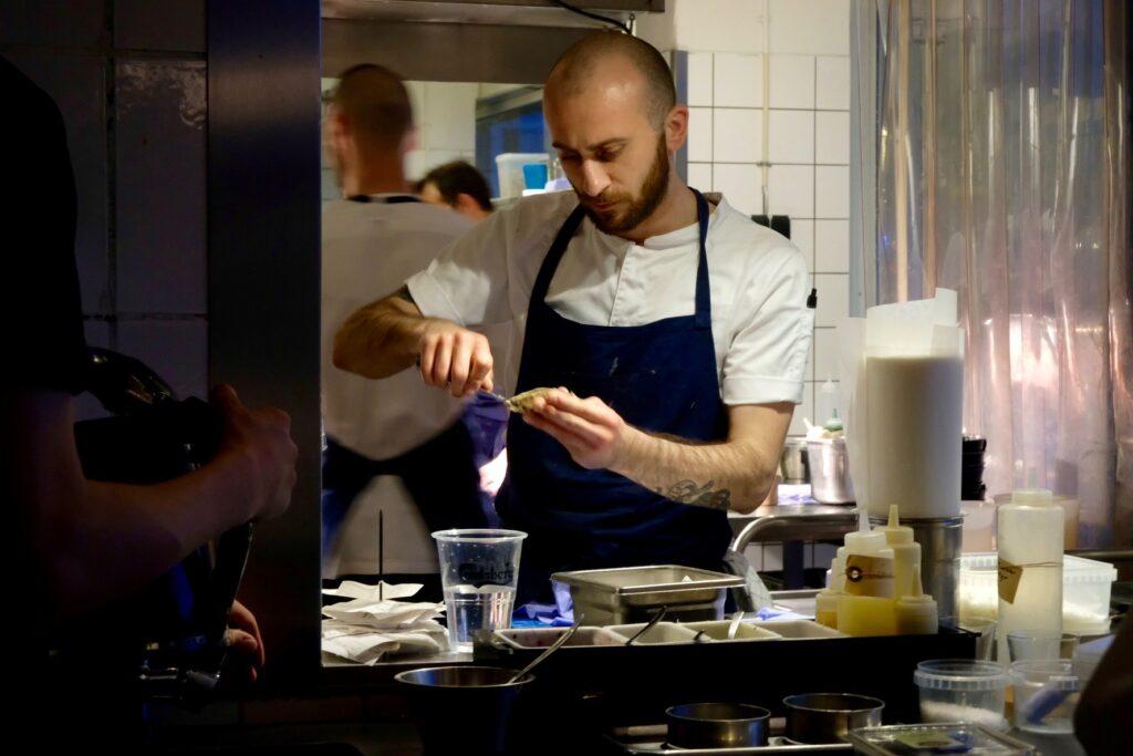Ostronöppning Fiskebar restaurangtips Köpenhamn