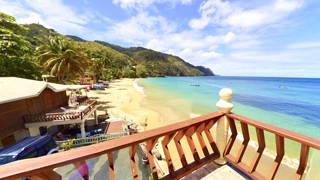 lokalägt hotell Tobago Naturalist Beach resort