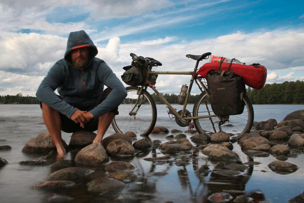 Lostcyclist på cykel genom världen Sverige