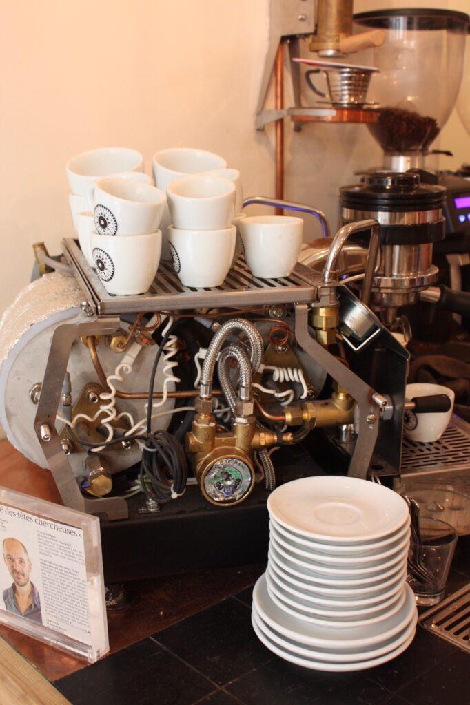 Arbre a cafe Paris rue de Nil