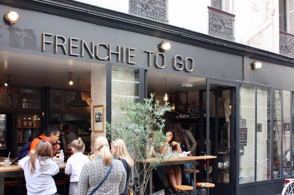 Frenchie to go Rue de Nil Paris